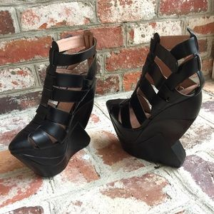 Jeffrey Campbell Zoya Shoes 7.5 Black
